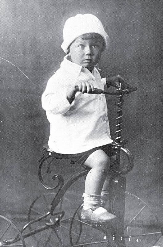 евгений евтушенко в молодости фото